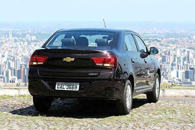 Chevrolet Cobalt Elite 1.8 tem transforma��o radical, mas pre�o assusta