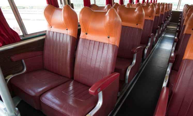 Interior tinha padrão de 36 poltronas, com opção de 38 ou 40 lugares - Thiago Ventura/EM/D.A. Press