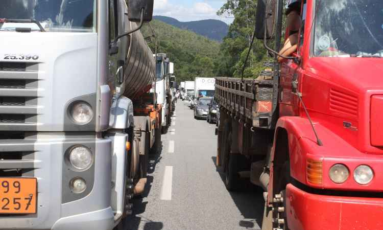 Suspensa obrigatoriedade do exame toxicol�gico para renova��o da CNH em Minas