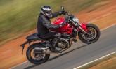 Testamos a Ducati Monster 821, a ca�ulinha da fam�lia