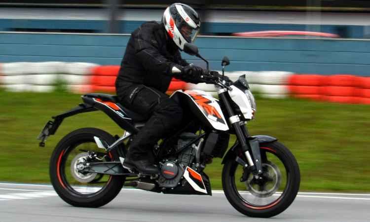 Feita para o asfalto, KTM Duke 200 apresenta desempenho e componentes de ponta