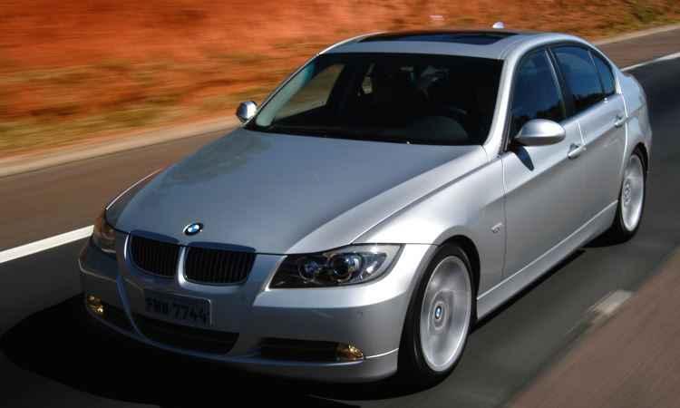 BMW convoca dez modelos 2002 a 2006 para recall do airbag do motorista