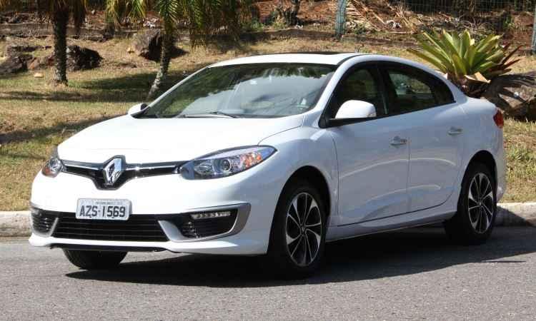 Renault Fluence perde vers�es de entrada e agora parte de R$ 92.650