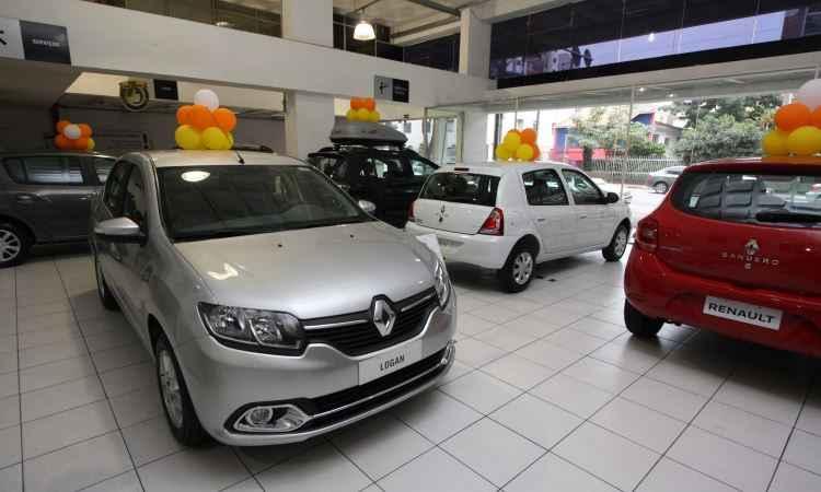 Mercado de ve�culos novos ter� crescimento de dois d�gitos em 2017, prev� Anfavea