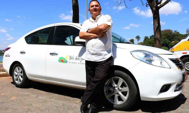 Taxista de BH roda acima da m�dia e sem problemas mec�nicos com Nissan Versa 2013