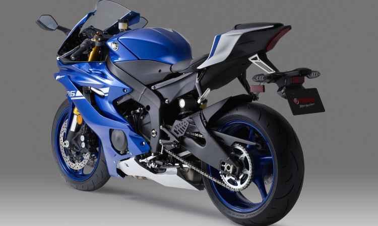 Apresentada nos EUA, nova Yamaha YZF-R6 segue a trilha da R-1