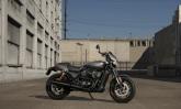 Harley-Davidson Street Rod 750 tem motor e suspensões ajustados para quem gosta de acelerar