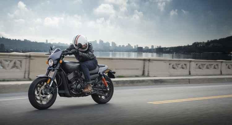 O visual é dark e mais agressivo - Harley-Davidson/Divulgação