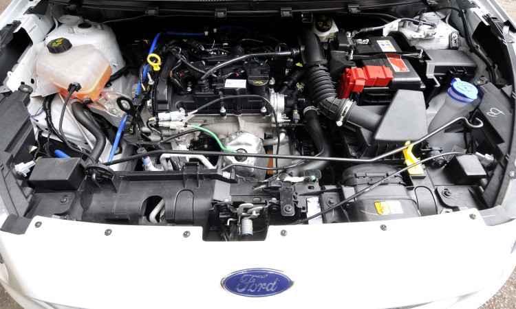 O motor 1.0 três-cilindros confere desempenho bem discreto ao compacto da Ford - Juarez Rodrigues/EM/D.A Press