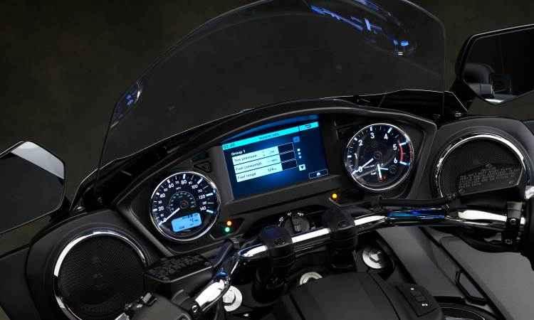 O sistema de informação e entretenimento tem várias opções de comunicação e som - Yamaha/Divulgação