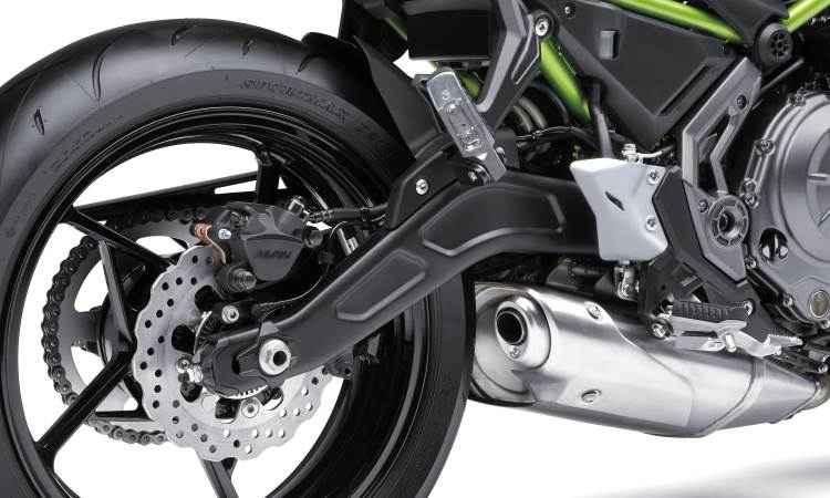 Os discos de freio padrão %u201Cmargarida%u201D contam com sistema ABS - Kawasaki/Divulgação