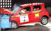 O compacto Fiat Mobi tira notas baixas nos testes de colisão lateral e frontal do Latin NCAP
