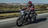 Triumph lança no Brasil a Street Triple RS 765, com visual moderno e motor mais potente
