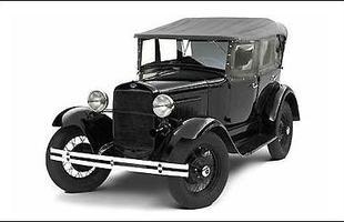 O primeiro modelo soviético, o GAZ A, era uma cópia fiel do Ford A