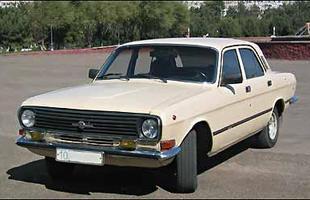 Volga GAZ 24-10 da década de 70, ainda fiel ao estilo original
