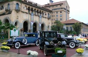 Trinca de três raríssimos Rolls-Royce: Phantom 1927 (C), Silver Wraith 1947 e Phantom II 1933 (D)
