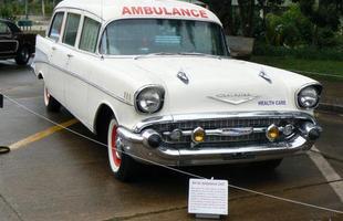 Rara ambulância Chevrolet de 1957
