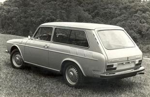 Com motor traseiro e espaço para bagagens atrás e na frente, Variant era tida como 'papa-malas'