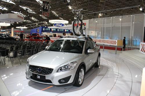 C30 2011 chega ao mercado brasileiro por a partir de R$ 85.390