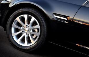Omega volta sem grandes alterações estéticas. Motor ganha 38cv graças à injeção direta e o câmbio é de seis marchas
