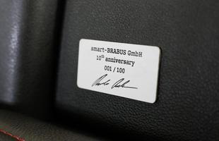 Smart e Brabus celebram os 10 anos com modelo de edição especial