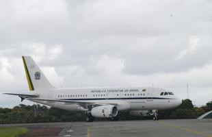 2004 - Chega o Airbus presidencial, batizado de 'Aerolula', que substituiu o velho Boeing 707, usado até o fim do Governo FHC