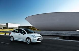 Nova geração é lançada em três opções de acabamento e duas de motor, sendo um inédito no Brasil; com garantia de três anos e airbag duplo e freios ABS para todas as versões