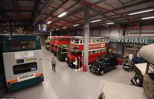 Os visitantes terão a oportunidade de ficar atrás do volante de um clássico táxi