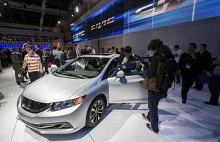 Civic 2013 foi apresentado oficialmente em Los Angeles