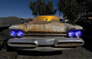 Um raro DeSoto 1959 - Troy Paiva registra imagens noturnas no Velho Oeste dos EUA