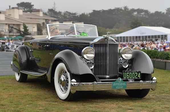 O Best of Show foi o Packard 1934 Twelve Dietrich Convertible