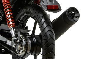 Equipado com um inédito motor de um cilindro, dotado de injeção eletrônica e sistema flex, modelo tem visual moderno para disputar o segmento mais concorrido do mercado