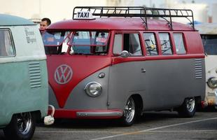 Nos Estados Unidos, fãs da Kombi se encontraram em Long Beach, na Califórnia
