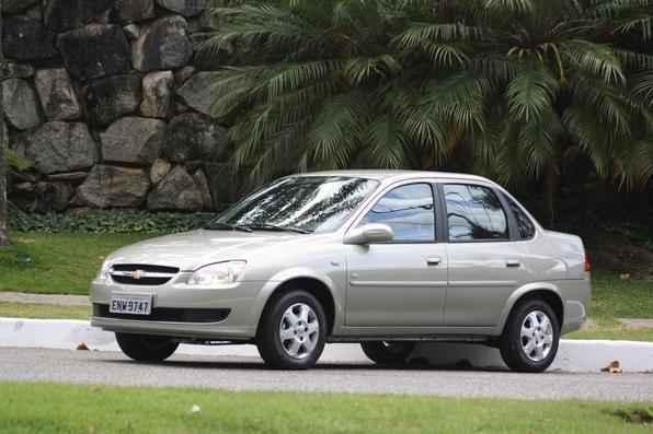 R$ 25.740 Chevrolet Classic LS 1.0