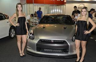 Modelos da Bienal do Automóvel de Belo Horizonte 2013 (Foto: Thiago Ventura/EM/D.A Press)