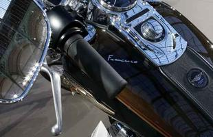 Harley-Davidson Dyna Super Glide do papa Francisco