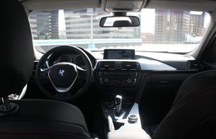 BMW 320i ActiveFlex