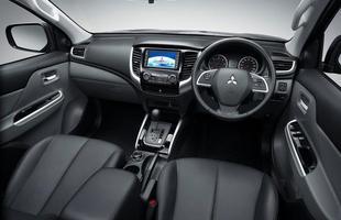 Mitsubishi L200 2016