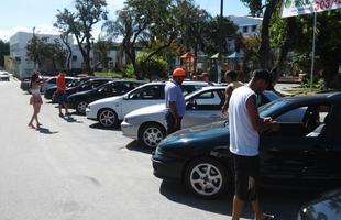 Encontro reúne proprietários e admiradores do Fiat Marea
