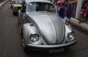 Encontro de veículos antigos em Itabirito