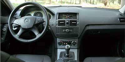 12109710700085790157 Nissan Fuse Box Diagram on