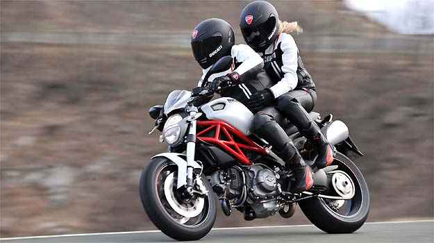 Ducati Monster 796 será vendida por R$ 37.900 no Brasil
