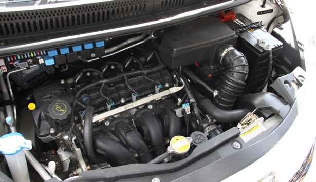 A JAC afirma que o carro tem motor 1.4, quando na verdade é 1.3 - Marlos Ney Vidal/EM/D.A Press