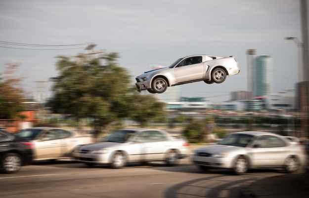 Need For Speed estreia nos cinemas brasileiros para o delírio dos fãs de carros