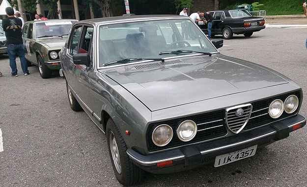 Fãs iniciam viagem pelo Brasil para comemorar aniversário do Alfa Romeo 2300