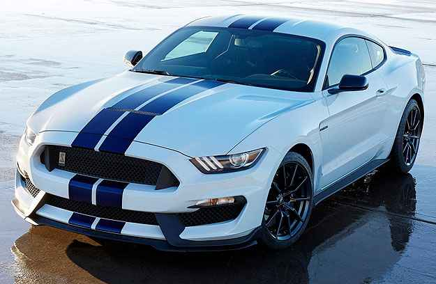 Ford apresenta nova versão do Mustang Shelby GT350