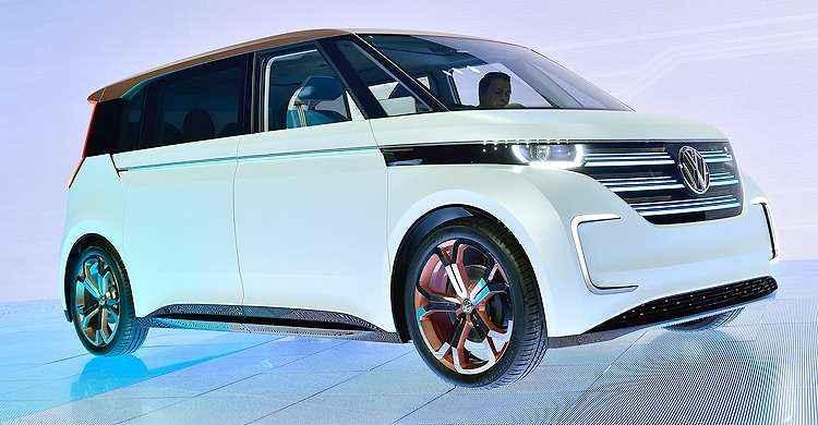 Volkswagen apresenta 'Kombi do futuro' com motor elétrico e controlada por gestos