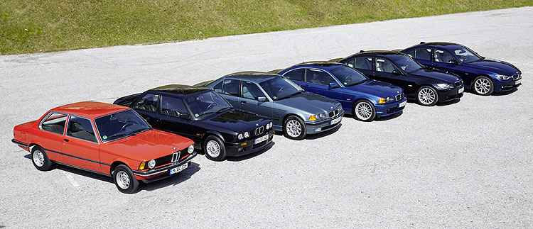 Lado a lado, seis gerações da Série 3, modelo de maior sucesso da BMW - BMW/Divulgação