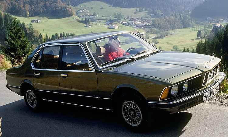 Série 5 dos anos 1970 e 1980 - BMW/Divulgação