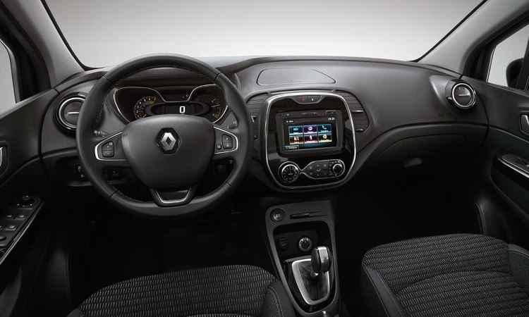 Painel tem acabamento sensível ao toque e no Brasil deverá compartilhar componentes com o Fluence - Renault/Divulgação